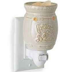 Pluggable Fragrance Warmer FOLLOW YOUR DREAMS